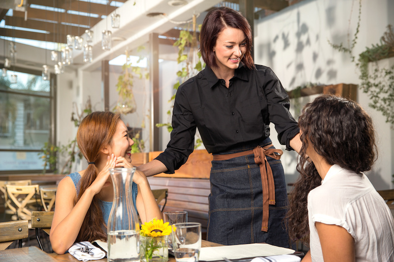 The Bar & Restaurant 10-Step Customer Service System That Will Keep Your Guests Coming Back Again and Again